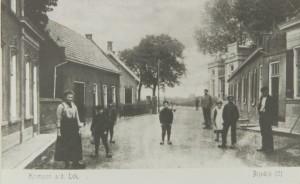 linksachter de boerderij van Cornelis de Jong