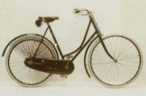 BD-1898-600x393
